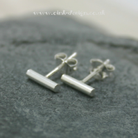 Sterling silver thin round wire stud earrings
