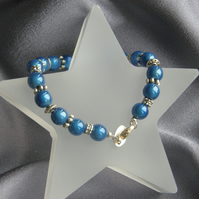 Eye Catching Blue Cats Eyes Beaded Bracelet
