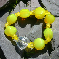 Sale item. 50% off Yellow Elasticated Bracelet & matching earrings
