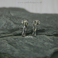 Sterling silver cable stud earrings