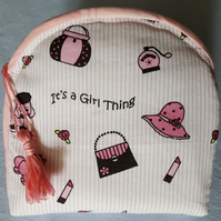 Pretty little zipped purse Its a girl thing