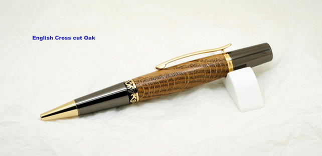 Zeta top twist pen dressed in Cross cut Oak