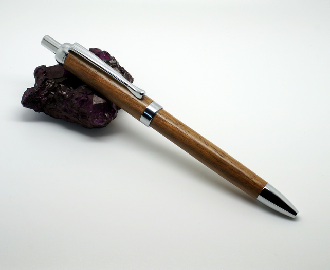Bu'res click pen in English Walnut