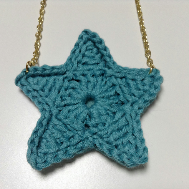 Bright Star Crochet Necklace- Aqua