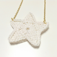 Bright Star Crochet Necklace- Vanilla