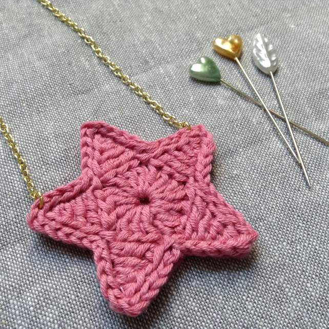 Bright Star Crochet Necklace- Rosebud