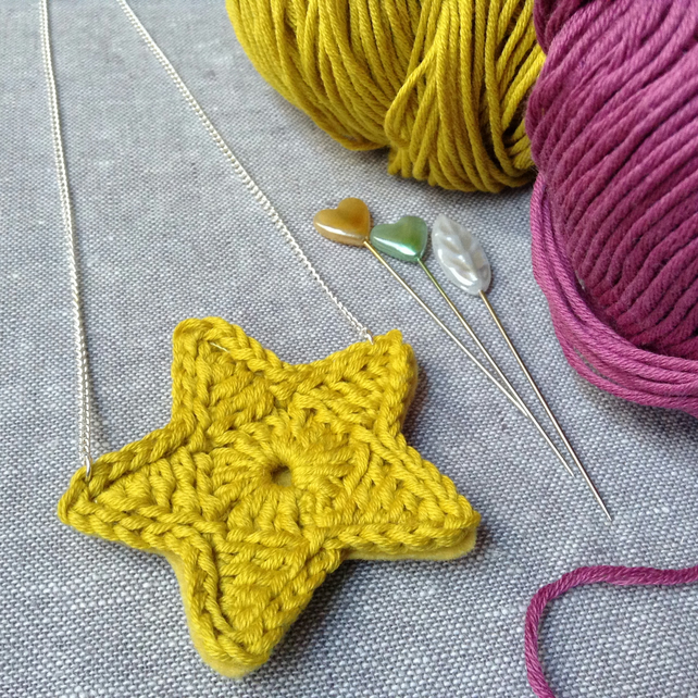 Bright Star Crochet Necklace- Chartreuse