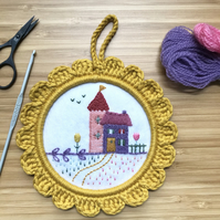 The Holiday House Embroidery Hoop Art Wall Decoration,