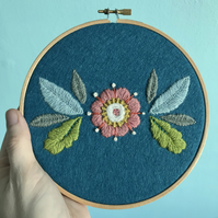 Floral Wool Embroidery Hoop Art Wall Decoration