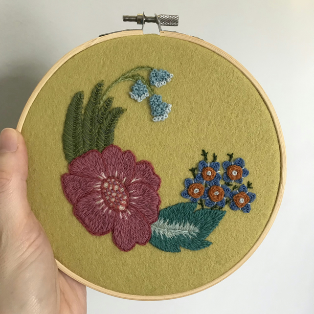 Summer Garden Hand Embroidered Wall Decoration