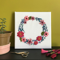 Summer Floral Wreath Embroidery Wall Decoration Wall Hanging