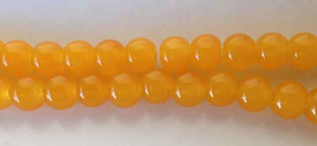 Yellow round glass beads 6mm . 70 beads ideal for jewellery making
