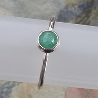 Aventurine Green Stacking Ring Size R sterling Silver Handmade
