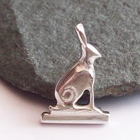 Silver Sitting Hare Brooch Pin Solid Sterling Silver 925 Handmade Jewellery