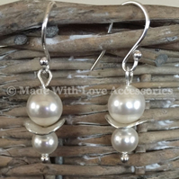 Pearl Earrings - Bridal Jewellery - Silver Earrings - Wedding Accessories