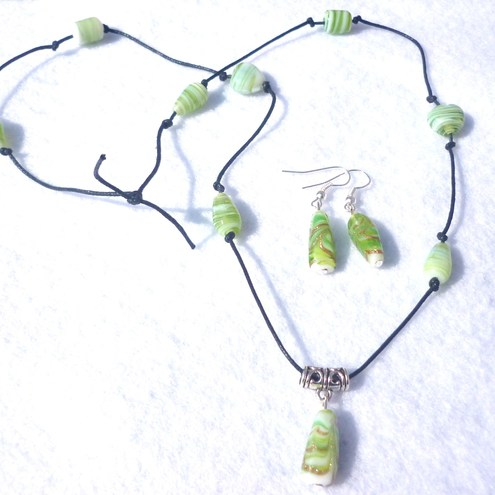 Lime ice necklace and earrings set