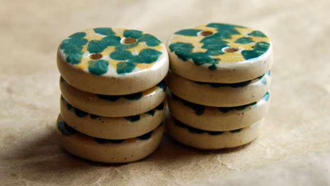 8 Rustic Dark Green and Yellow Round Ceramic Buttons - 15mm