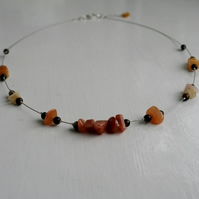 Wire Necklace with Golden Jade Chips