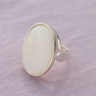Mother of Pearl Sterling Silver Ring 25x18mm