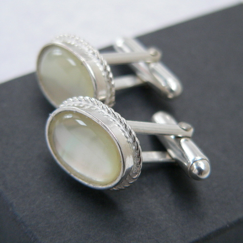 Mother of Pearl Cabochon Cufflinks 14x10mm