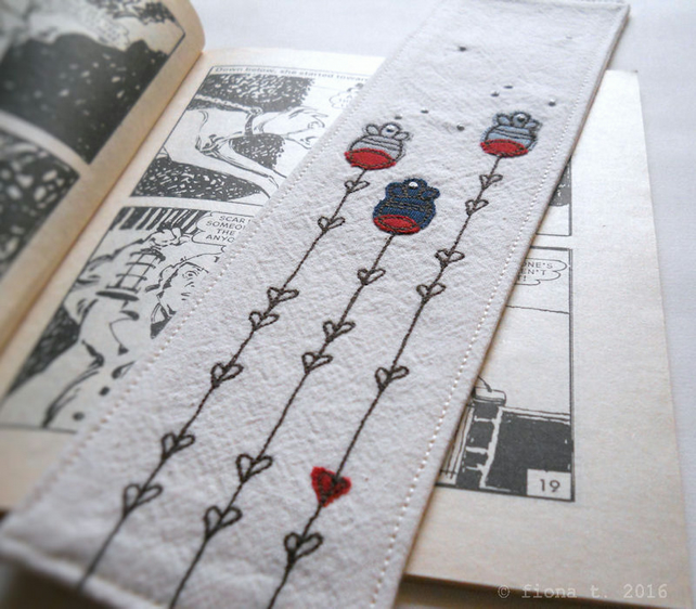 embroidered fabric bookmark - navy