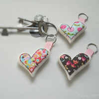 freemotion embroidered zombie heart keyring