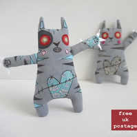 freemotion embroidered zombie kitten - archie - free UK postage