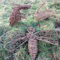 bee, woven willow, natural, pollinator, handmade, sculpture, made to order