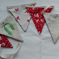 Mistletoe and Santa Bunting
