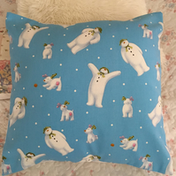 The snowman and the snow dog design fabric cushion cover