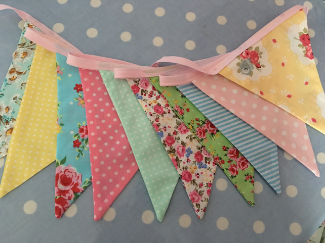 10  ft shabby chic, pastel coloured bunting, banner, wedding,party flags