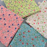 4 x 50 cm poly cotton fabric squares