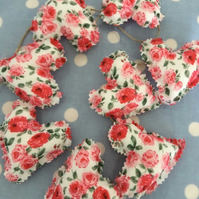 Heart garland in red floral fabrics and twine