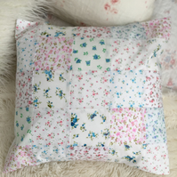 Patchwork cushion cover in cotton fabrics