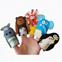 Fun with the Zoo Animal Finger Puppets