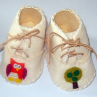 Cream Baby Owl and Tree Booties  Shoes