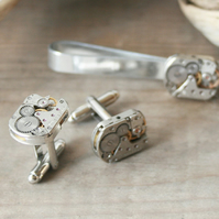 Cufflinks and Tie bar Steampunk set