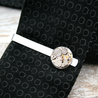 Steampunk Tie clip with round watch mechanism
