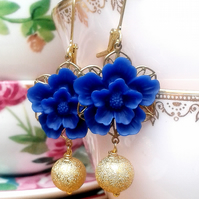 Blue flower cabochons earrings...