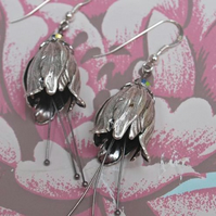 Whimsical tulip earrings.......
