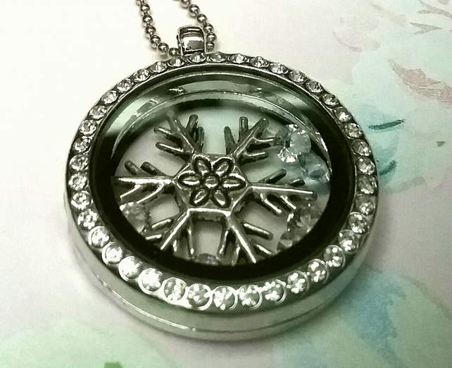 Floating  Locket with Swarvoski  Crystals
