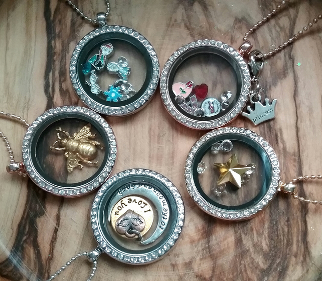 Floating  Locket  moon & heart