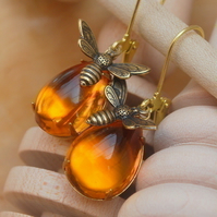 Honey Bee Earrings.......