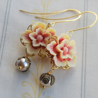 Blush flower cabochons earrings....