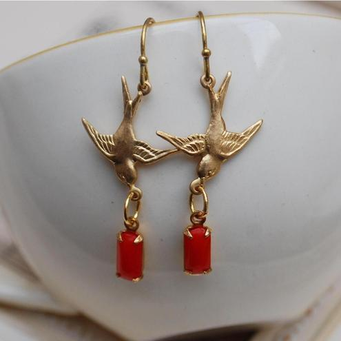 Dainty swallow earrings....