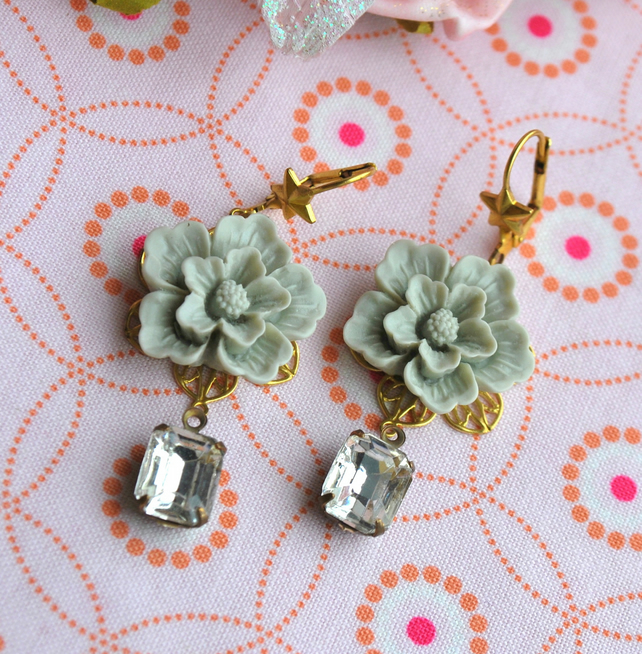 Soft Pink  or  Light Grey  Flower Cabochons Earrings....