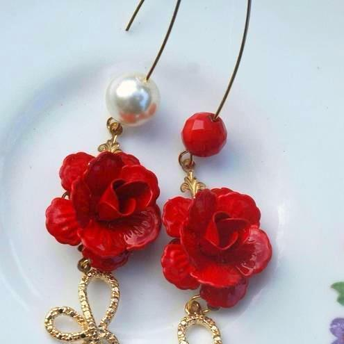 Wild Red Rose and Gold bows....Earrings