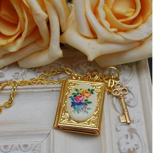 Book Locket and Key Necklace.........