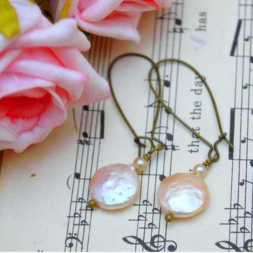 Simple Elegant keshi Pearl Earrings