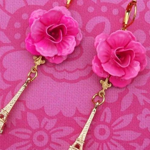 French Chic.. Eiffel Tower Rose Earrings